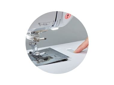 sewing machine quick release needle plate