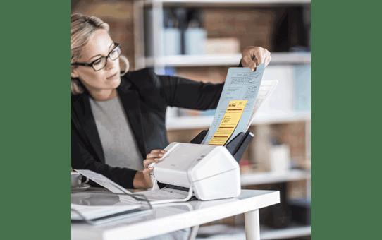 ADS2200 Desktop Document Scanner 8