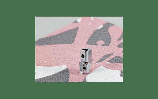 F009N: Low Shank Adapter