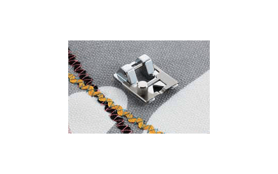 F021N: Braiding Foot