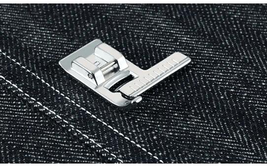 F035N: Stitch Guide Foot