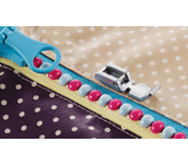 F079AP: Narrow Zipper Foot