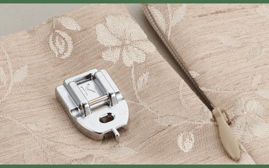 F080AP: Concealed Zipper Foot 2