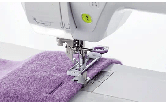 F083AP: Binding Buttonhole Foot 1 2